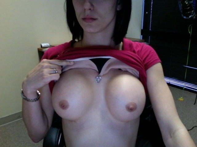475 cc silicone breast implants. I had a reast augmentation 3
