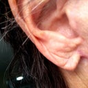 right earlobe, has an elf punt